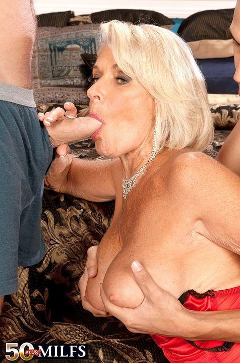 Порно с богатой зрелой дамой толстый старик риэлторшу