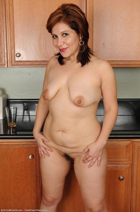 порно зрелая домохозяйка голая фото что